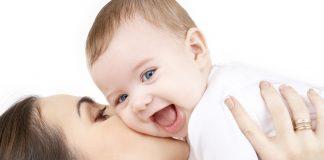 Mẹo giúp bé giảm đau khi mọc răng