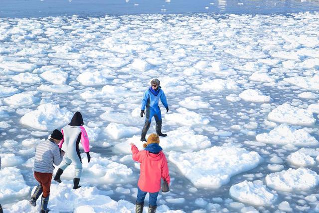 Hokkaido thường xuyên bị ngập bởi những đống tuyết lớn vào mùa đông