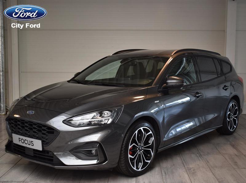 Focus Sedan 2019 phiên bản thể thao ST Line với mặt trước mạnh mẽ hơn